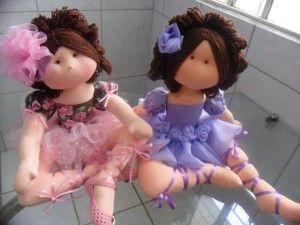Moldes de estas preciosas bailarinas en tela. Son preciosas, verdad? Patrones de Bailarina Bella: