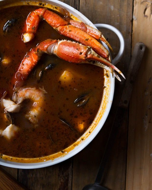 THE DINNER CONCIERGE, Wintertime Cioppino @ Chasing Delicious