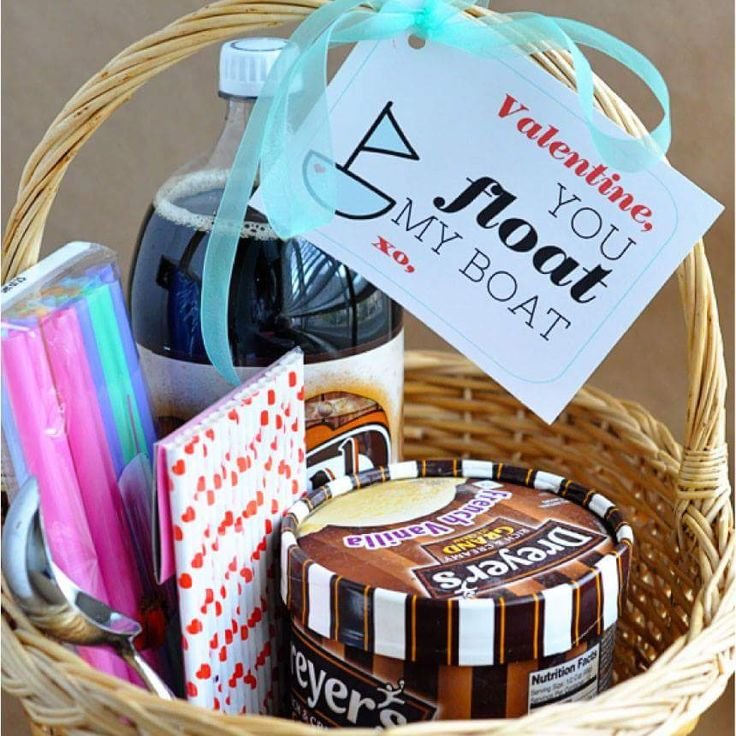 Hamper Basket For The Dear One