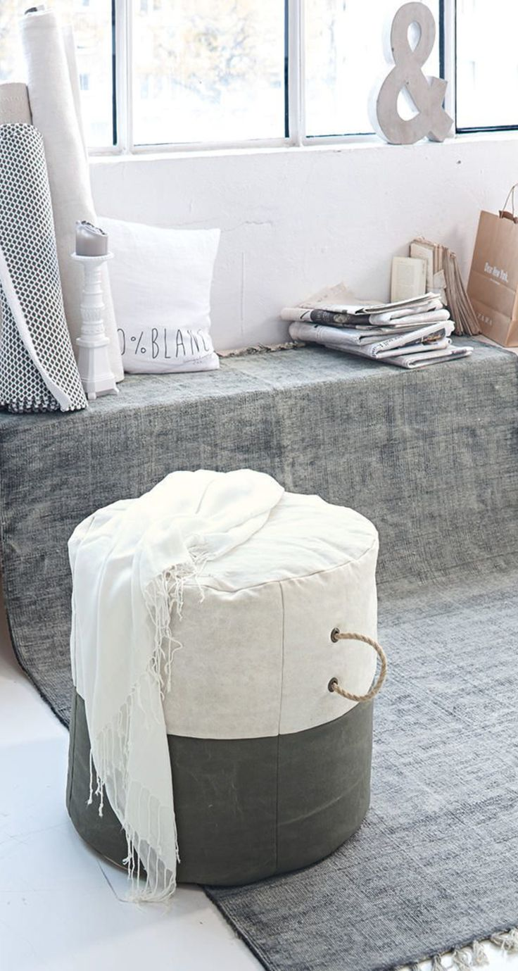 die besten 25 grauer teppich ideen auf pinterest grauer schlafzimmerteppich teppichfarben. Black Bedroom Furniture Sets. Home Design Ideas