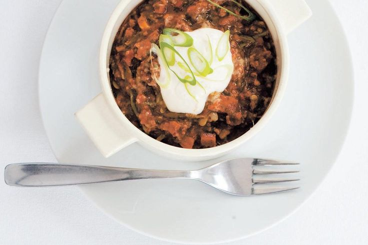 Chorizo sausage chilli con carne recipe, Bite – visit Food Hub for New Zealand recipes using local ingredients – foodhub.co.nz