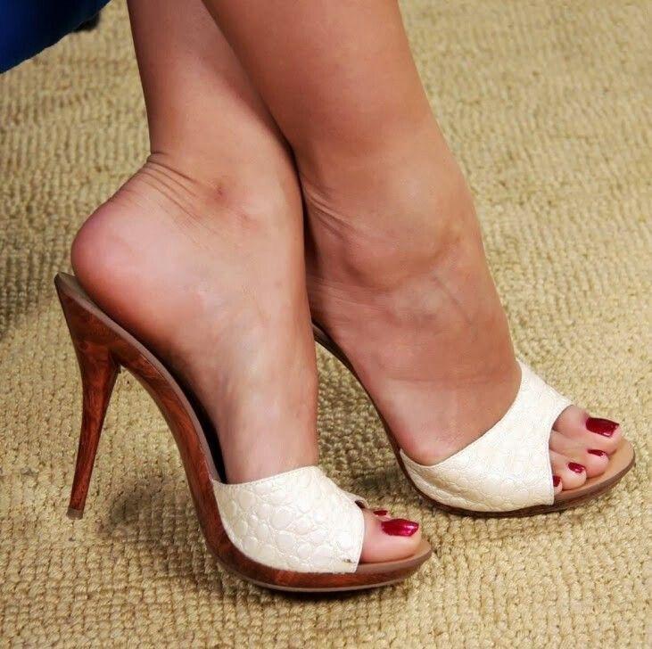 Women Solid Color Bow Tie Flat Heel Sandals Slipper Rome