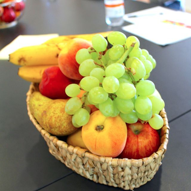 This is some of the fruit that I served at my seminar in Copenhagen last weekend. It went really well and I keep being amazed by how enthusiastic people are regarding wanting to eat better. I just want to say thank you to everyone who participated and that you are amazing for giving what I suggest a try. Fruit love Louise. www.fruitylou.com  #fruitylou #801010vegan #hclfdiet #801010diet #highcarbrawvegan #whatveganseats #realfoods #hclfrv #801010rv #fruitandveg #rawveganfoodshare #fruitlove…