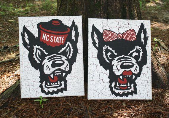 North Carolina State University Mr. and Mrs. Wuf Painting, NC State Wolf Canvas Art