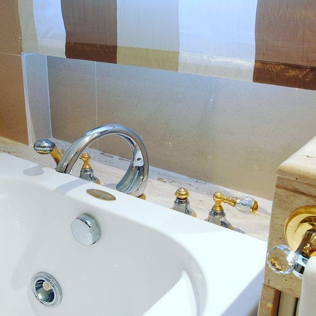 Best Luxury Bathroom Fittings With Swarovski Crystals Images On