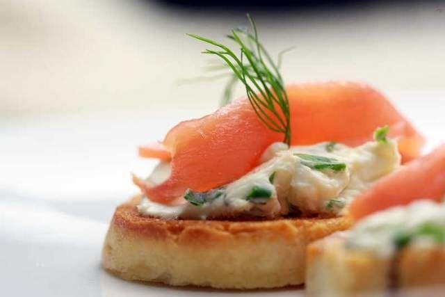 Recipe: Smoked Salmon Crostini with Chive Caper Cream