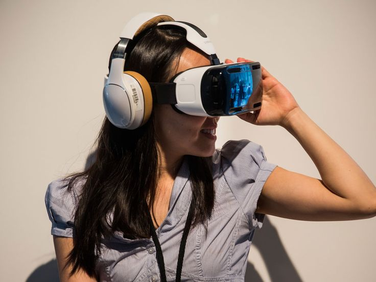 Check Samsung's new gadgets: Galaxy Note 4, limited-edition Note Edge and a Virtual Reality headset