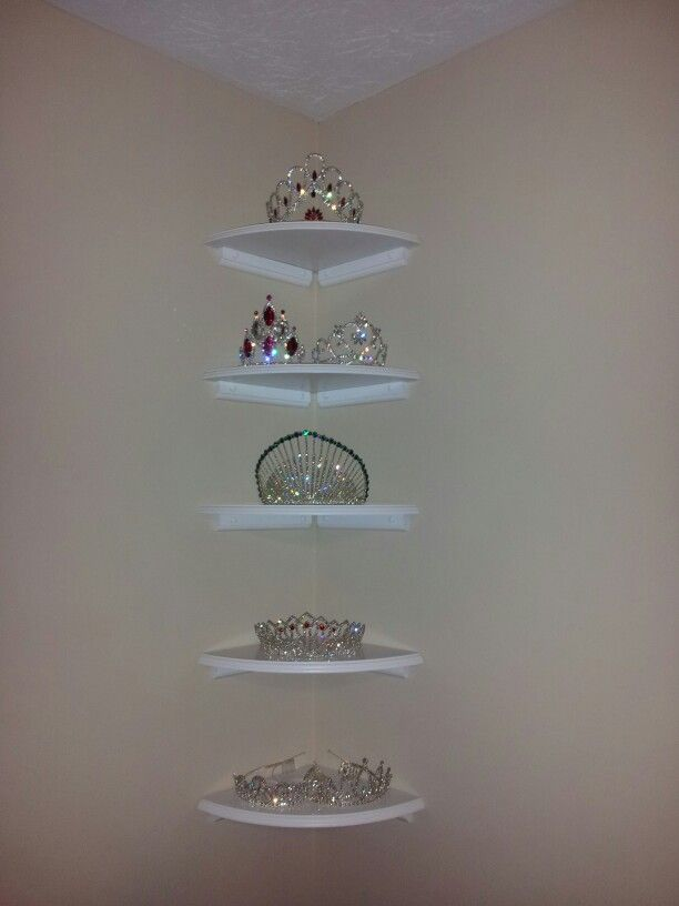 Corner shelving for Tiaras