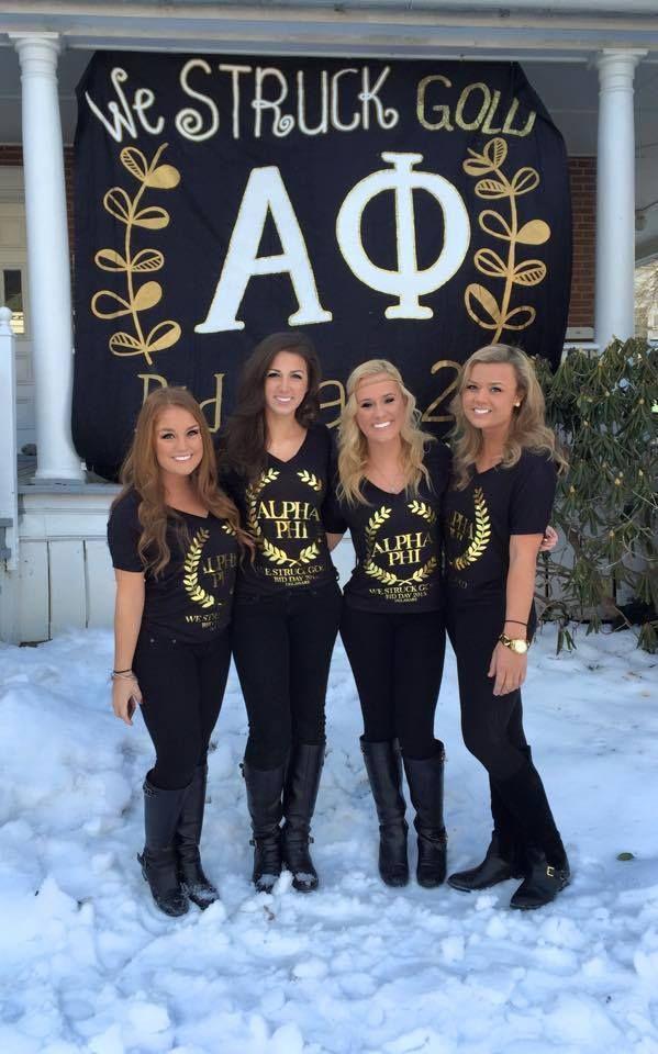 We Struck Gold! Cute banner to match recruitment shirts