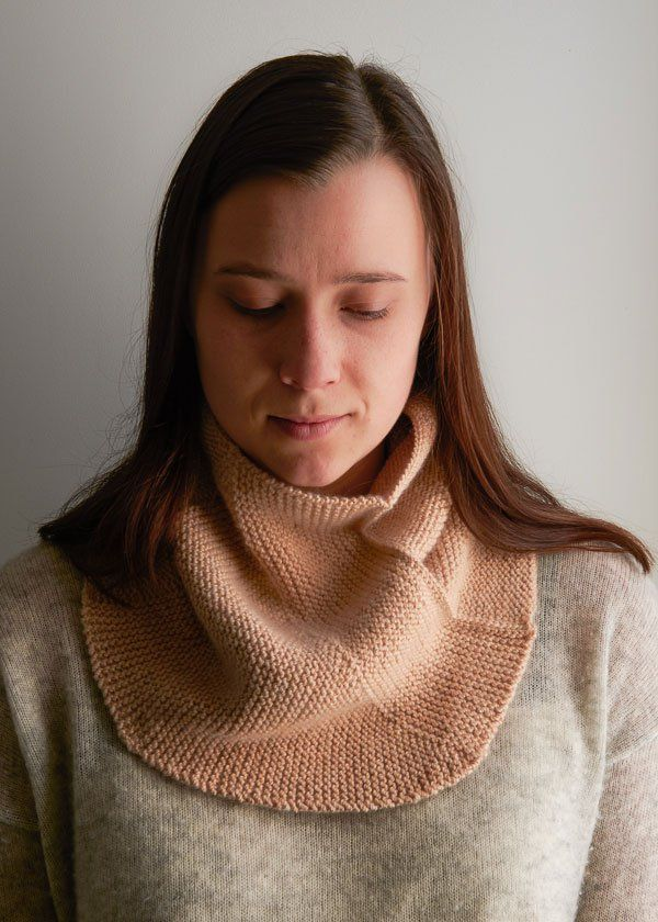 Free Hgge cowl, in garter stitch, short rows and 3 needle  join. Uses sport weight yarn. https://www.purlsoho.com/create/2017/01/06/pivot-cowl/?utm_source=Sailthru&utm_medium=email&utm_campaign=Pivot%20Cowl%20%7C%20T6&utm_term=PS%20Recipients