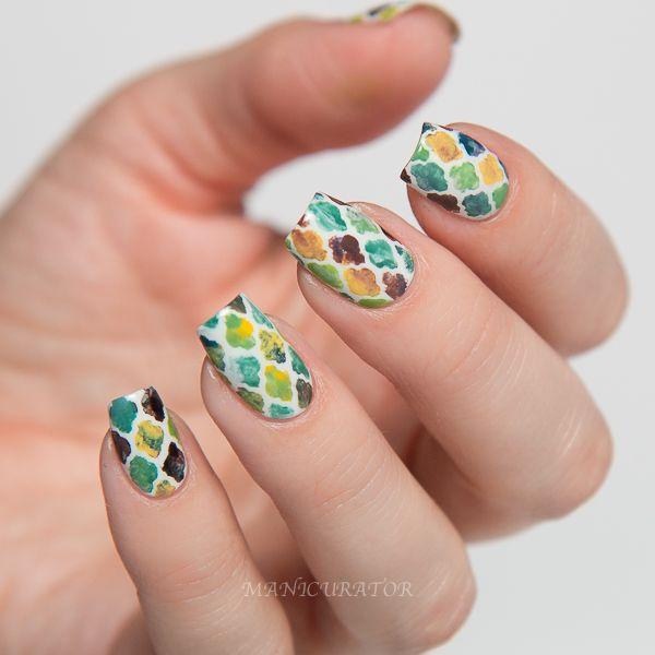 Erin Condren Life Planner Quatrefoil Nail Art plus GIVEAWAY