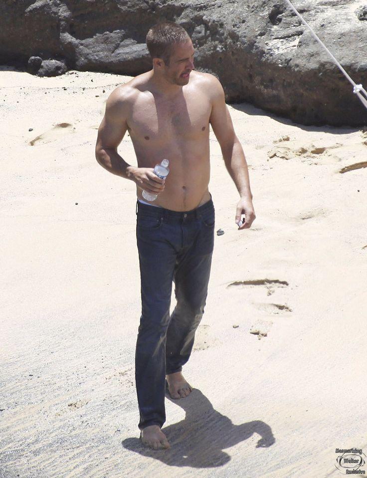 Walker naked paul Gay Paul
