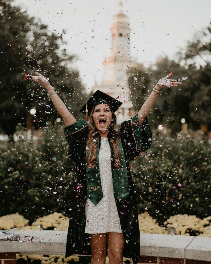 30+ Gorgeous Graduation Picture ideas for Photogra…