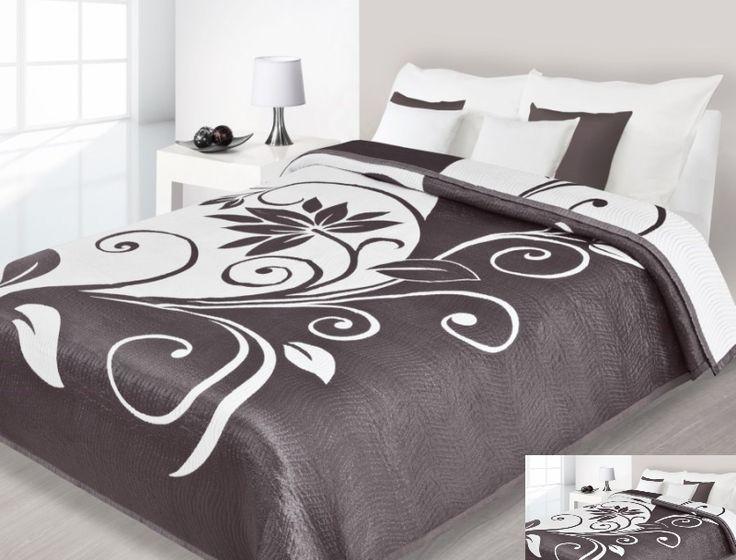 Brązowe narzuty dwustronne na łóżko z białym wzorem