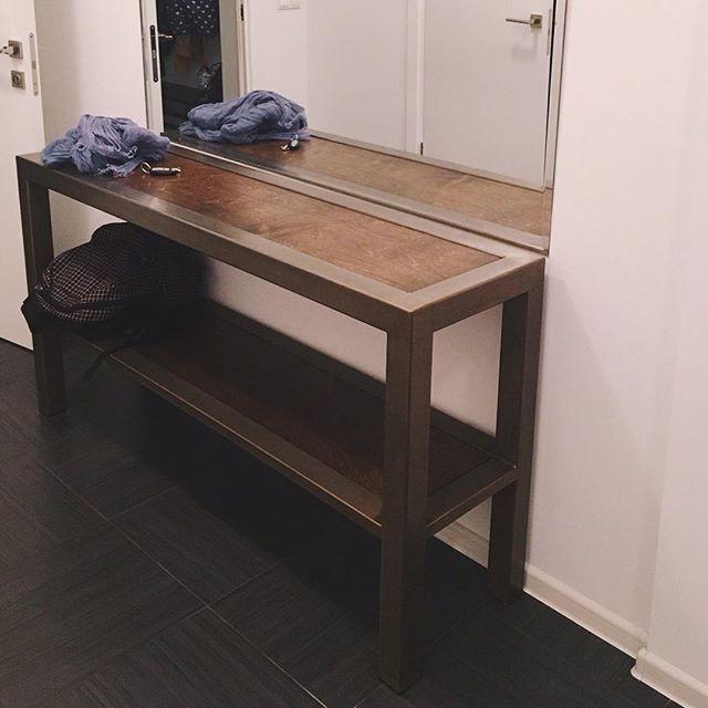 КОНСОЛЬ в стиле лофт в интерьере - огромное спасибо за фото нашей постоянной клиентке: нам очень приятно видеть мебель maar в реальной жизни и знать, что она приносит вам радость! Спасибо за возможность делать то, что мы любим 😊  #консоль #furnituredesign #industrial #loftfurniture #loftdesign #loftinterior #lobby #scandinaviandesign #scandinavianinterior #console #консоль #лофт #лофтдизайн #лофтинтерьер #мебельлофт #дизайнмебели #дизайнерскаямебель #мебельдлябаров #скандинавскийинтерьер…
