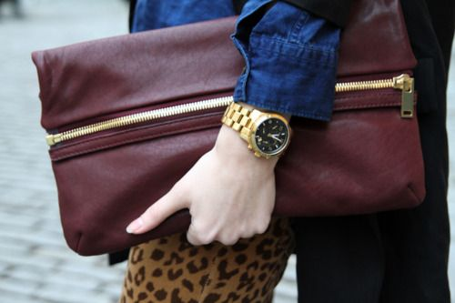 OMG: Leopards Pants, Maroon Clutches, Fashion Faded, Zippers Clutches, Gold Watches, Big Clutches, Fashion Inspiration, Gold Watchclutch, Hands Bags