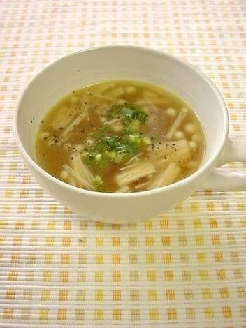 Simple Enoki Mushroom Soup