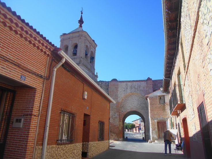 Pintor en el Arco de San Miguel