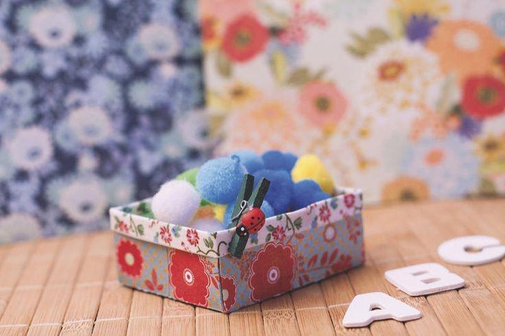 Fácil y #barato: Ideas #DIY. Crear cosas con tus propias manos a partir de materiales como el papel, el alambre o la lana resulta muy sencillo y económico. ¡Pruébalo!