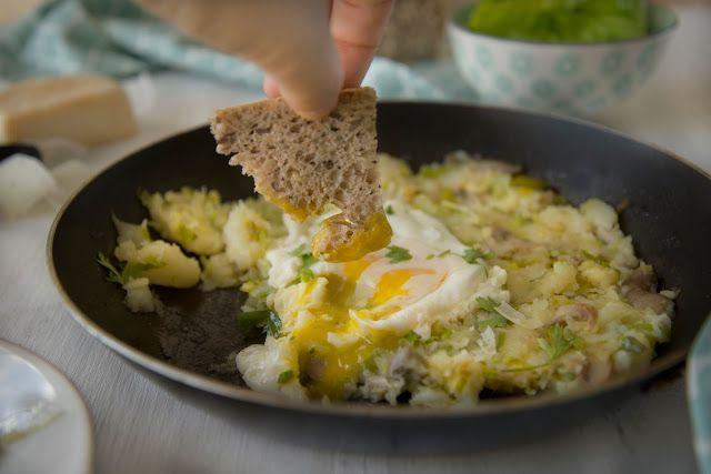 Frango do Campo: Rosti de alho-francês e cogumelos com ovo estrelado