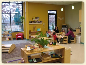 Miniapple Int'l Montessori Toddler House classroom (c) Miniapple Int'l Montessori