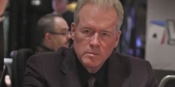 Conservative billionaire and mega-fundraiser Robert Mercer is stepping down as co-CEO of the hedge fund giant Renaissance Technologies. Mercer will...