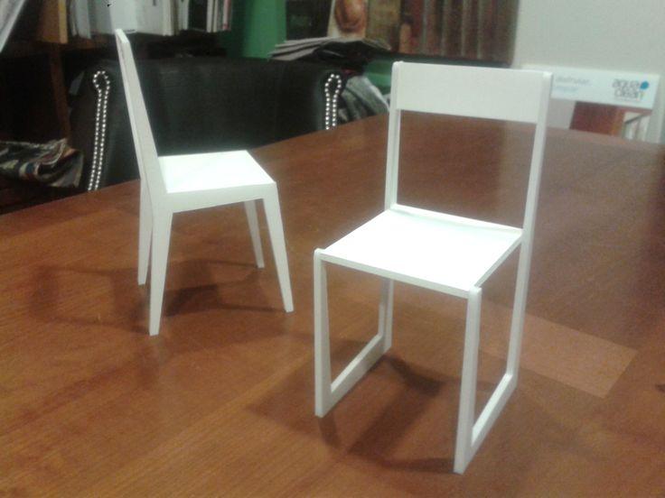 Maqueta de silla de diseño.
