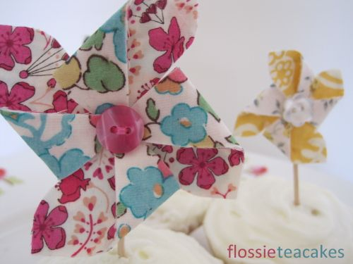 Liberty cake toppers