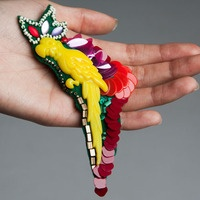 People of Tastes: Global  LUMINIS MAZOTA   #brooch  #mazota  #luminis  #acc  #peopleoftastes #yellow #parrot