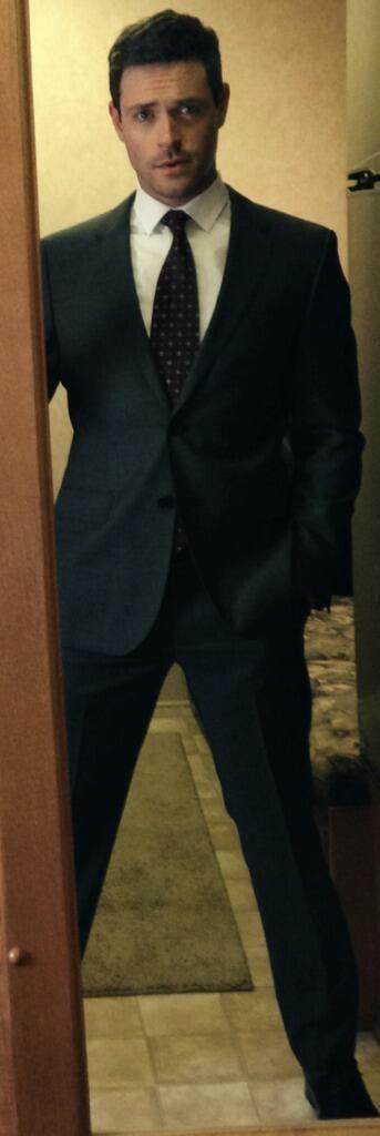 Suits - Logan Sanders/Brendan Hines #1 - Fan Forum