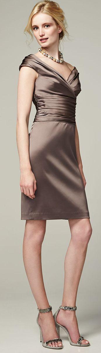 Kay Unger ● Off-Shoulder Ruched-Bodice Cocktail Dress