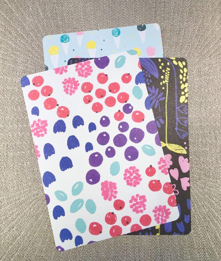 ボンボッティのこれらのカードは、オンラインショップで入手できます。 These cards by Bombotti are available in the online shop.
