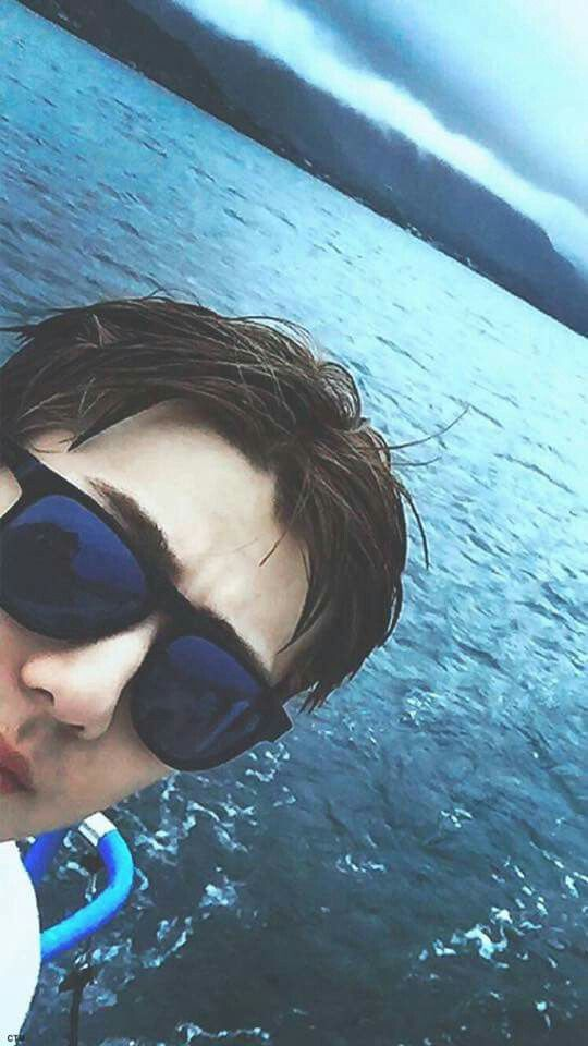 Wallpaper | EXO | Hawaii | Sehun  Cre: owner