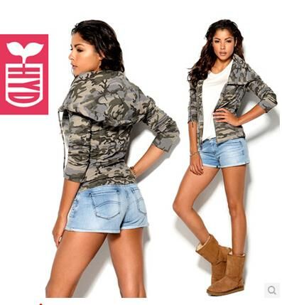 Куртка женская милитари с капюшоном