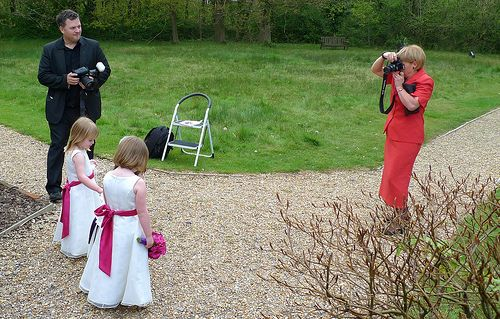 Ways to find a great cheap wedding photographer