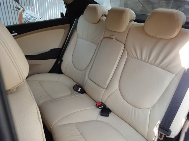 Karlssonleather Fluidic Verna Leather Car Seat Covers