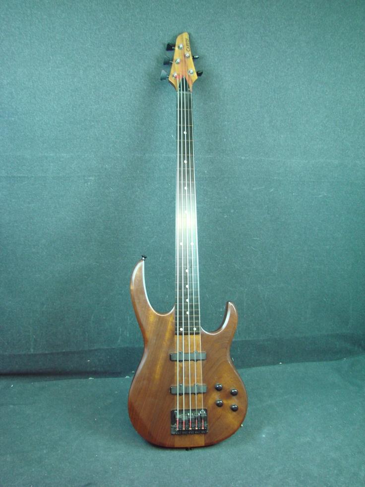 carvin lb75 fretless neck thru 5 string bass guitar usa w case lb 75 mahogany bass guitars. Black Bedroom Furniture Sets. Home Design Ideas
