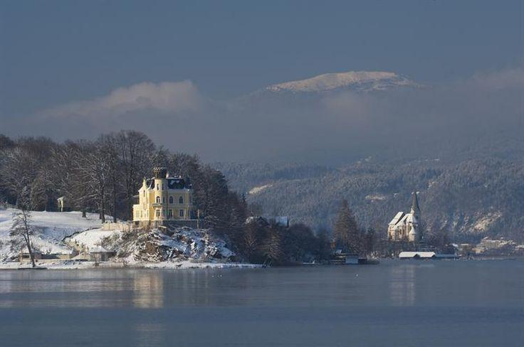 Maria Wörth, Schloss Reifnitz & Pfarrkirche St. Primus und Felicianus (Klagenfurt Land) Kärnten AUT