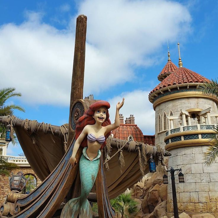 The Little Mermaid ride at Magic Kingdom is a fun slow moving ride that little fans of the movie will love.  #travel #vacation #familyvacation #waltdisneyworld #WDW #Disney #Disneytip #disneyparks #DisneyWorld #LittleMermaid