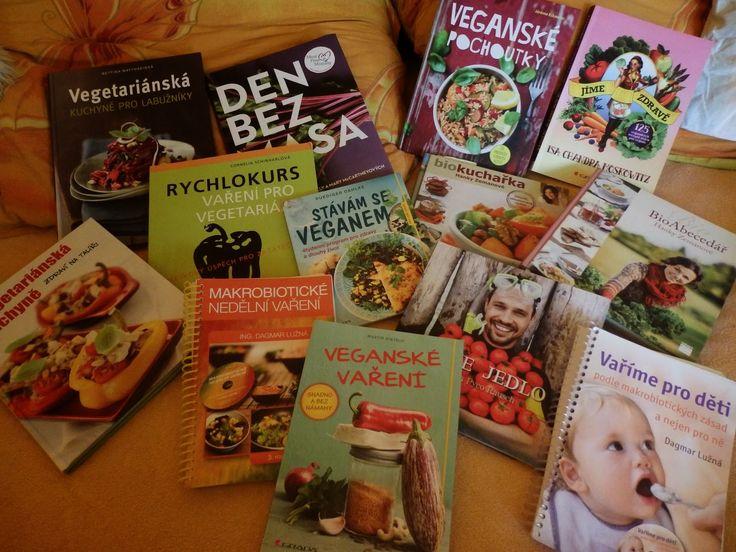 Zdravě jíst: Vegetariánské a veganské kuchařky v mé knihovně