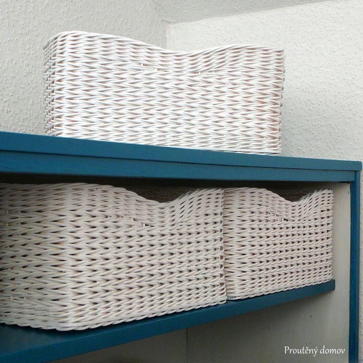 Šuplíky s obloučkem - bílé
