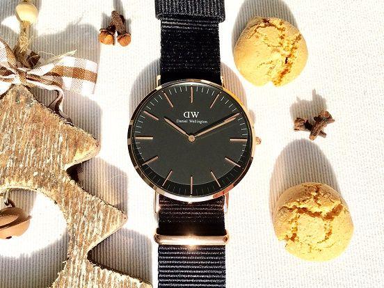 Armbanduhren von Daniel Wellington sind zeitlose Weihnachtsgeschenke die sowohl bei Damen wie auch Herren sehr gut ankommen. Interessiert? Hier geht es zur Daniel Wellington Kollektion im uhrcenter-Onlineshop:  https://www.uhrcenter.de/uhren/daniel-wellington/ #DanielWellington #uhrcenter #uhr #watch #fashion #modisch #lifestyle #xmas #Geschenkidee #Armbanduhr #Damenuhr #Herrenuhr #elegant #zeitlos #picoftheday #tipoftheday #Accessoire