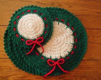 Crocheted Holiday/Christmas Placemats & Hot Mat by BettiDeesPlac