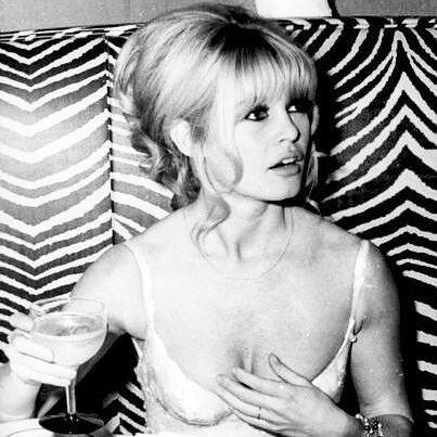 Brigitte Bardot drinking champagne at El Morocco, New York City in 1965. #brigittebardot #brigitte #bardot #bb #vintage #60s #sixties #newyork #ny #nyc #elmorocco #vivabardot #brigittebardotinnewyork
