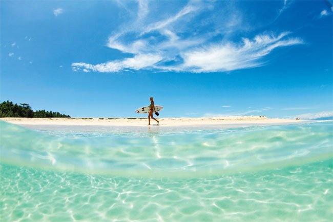 #AlanaBlanchard goes above and beyond the #sea.: Alana Blanchard, Aloha Alana, Surfing, Alanablanchard, Beach Bum, Ocean Life, Beach Life, Alana Surfer