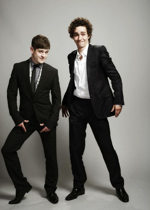 iwan rheon and robert sheehan from the show MISFITS!