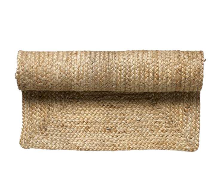 Vloerkleed Jute 140x200 Naturel vloerkleed gemaakt van jute. Dit vloerkleed is van het Deense merk Bloomingville. Bloomingville heeft een unieke stijl met een mix van ruwe natuurlijke materialen gecombineerd met een romantische, landelijke en nostalgisch Scandinavische twist. Bloomingville maakt reproducties van de meest fantastische Frans brocante producten van vroeger.. en heeft mooie thema's om je interieur te verfraaien. Share your style. Tell your story. Change your home. 179,00