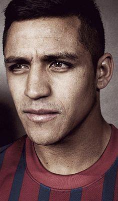 Alexis Alejandro Sánchez... Pro Footballer... Chile International... Gooner!
