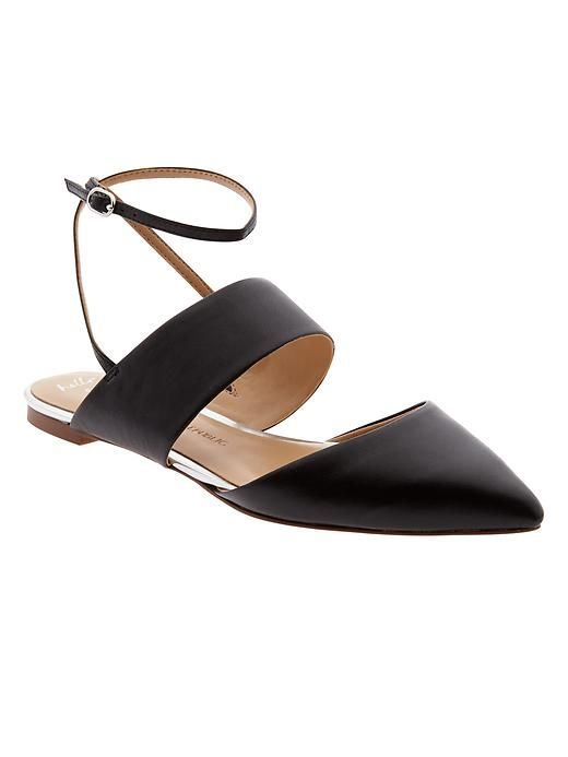Our sleek black leather flats takes cues from both sandal styling and the pointed-toe trend. Style with a spring dress, or with classic skinny jeans | Banana Republic