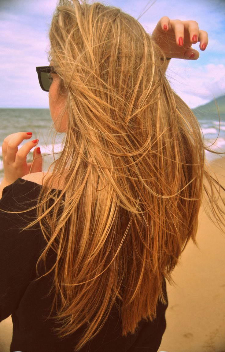 Картинки девушка с русыми волосами сзади